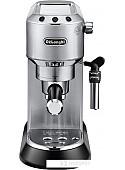 Рожковая кофеварка DeLonghi Dedica EC 685.M